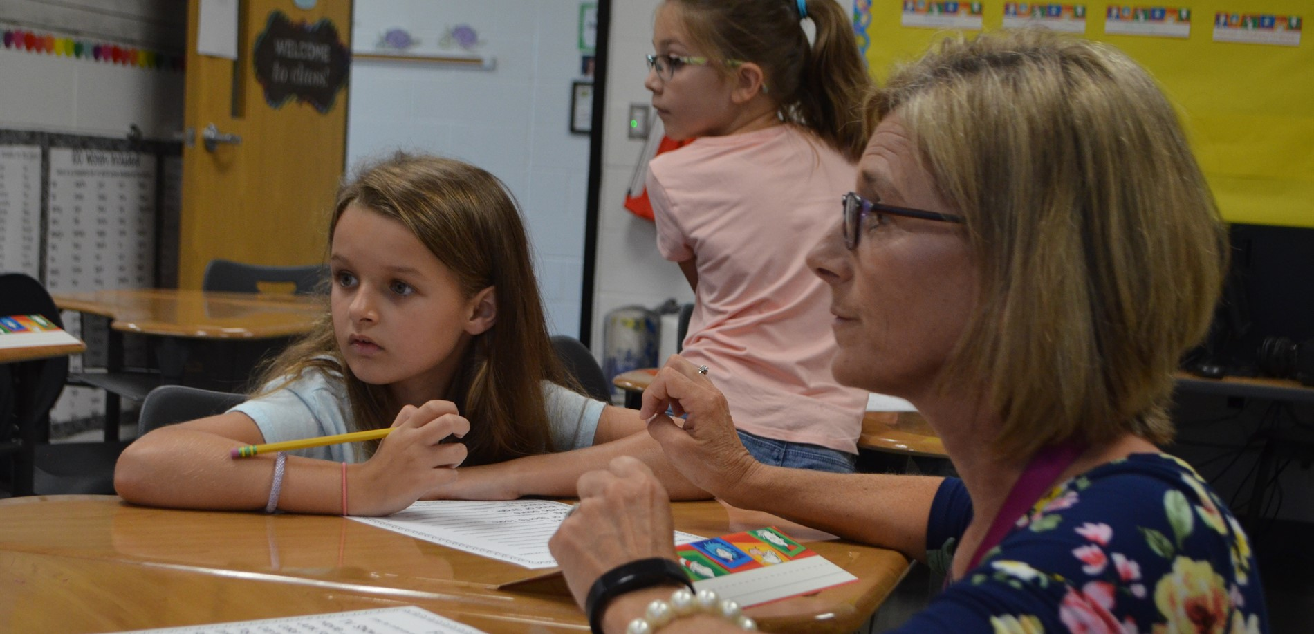 Ms. Nall works closely with her students at Cecilia Valley Elementary School.
