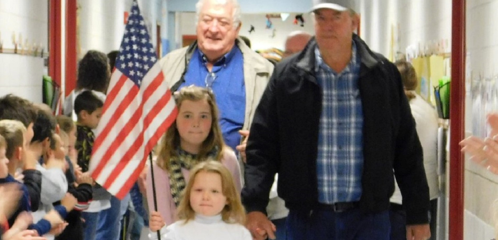 Creekside Elementary School students recently greeted several veterans.