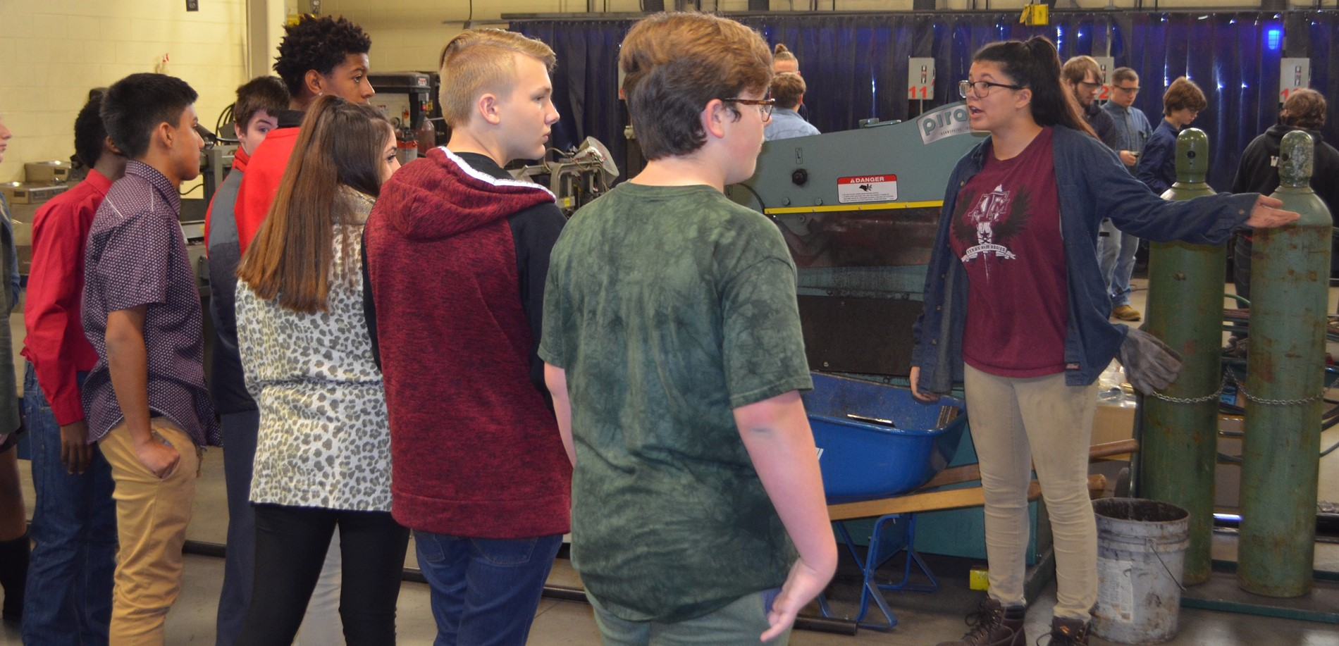 Bluegrass Middle School 8th graders learn about career opportunities at the HCS Early College & Career Center.
