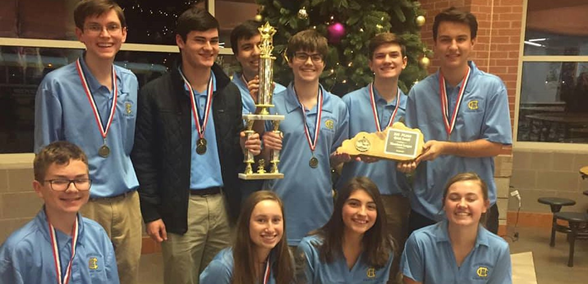 The Central Hardin High School Academic Team recently earned the Heartland League Overall Championship.